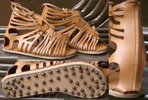 รองเท้าทหารโรมัน